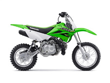 THE KLX110L MOTORCYCLE IS THE BIGGER BROTHER TO THE KLX110 OFF-ROAD MOTORCYCLE. IT FEATURES A TALLER SEAT HEIGHT AND A MANUAL CLUTCH.